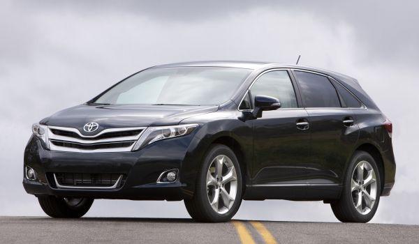 Toyota VENZA Сборка Япония, выпуск 2013 года)
