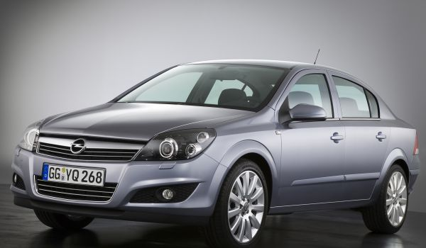 Opel Astra Family седан